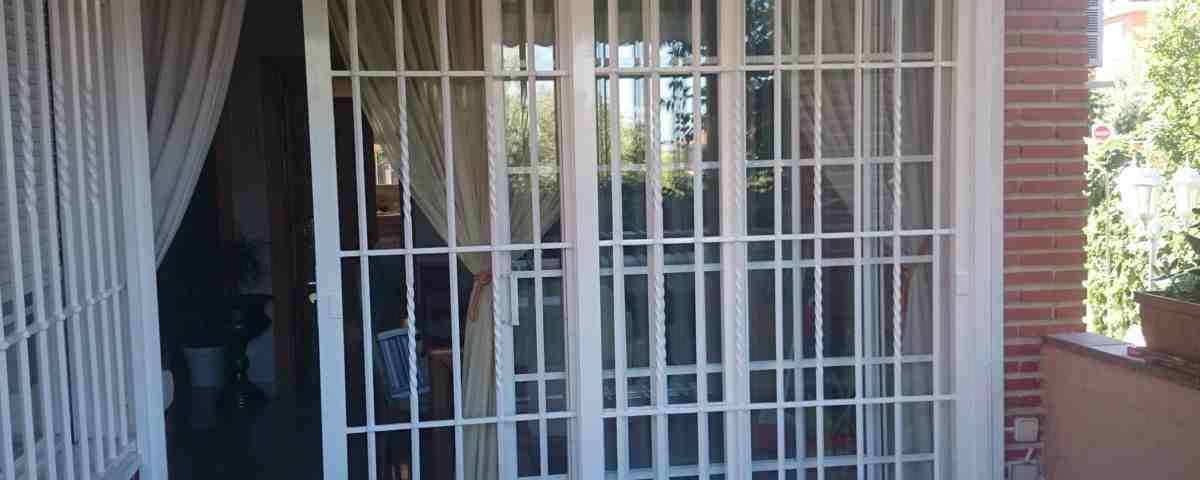 puertas rejas 1200x480 - Rejas de seguridad para puertas