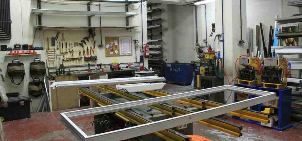 Nuestra empresa rejas 2020 1024x480 - Rejas fijas para puertas de local y comercios